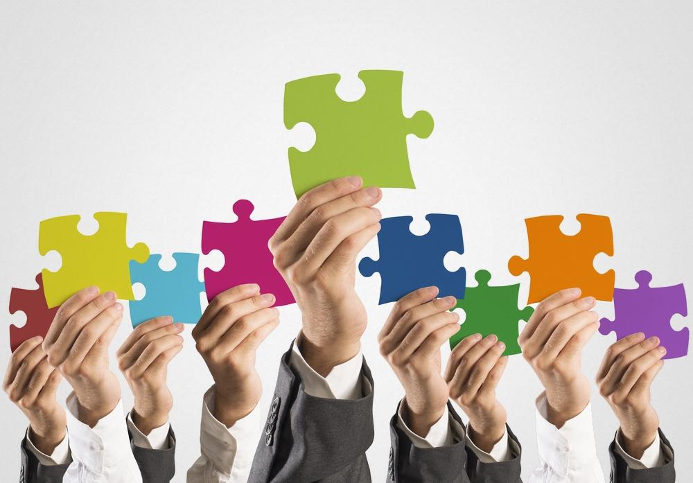 É fundamental delegar tarefas e dividir responsabilidades para aliviar o trabalho do síndico