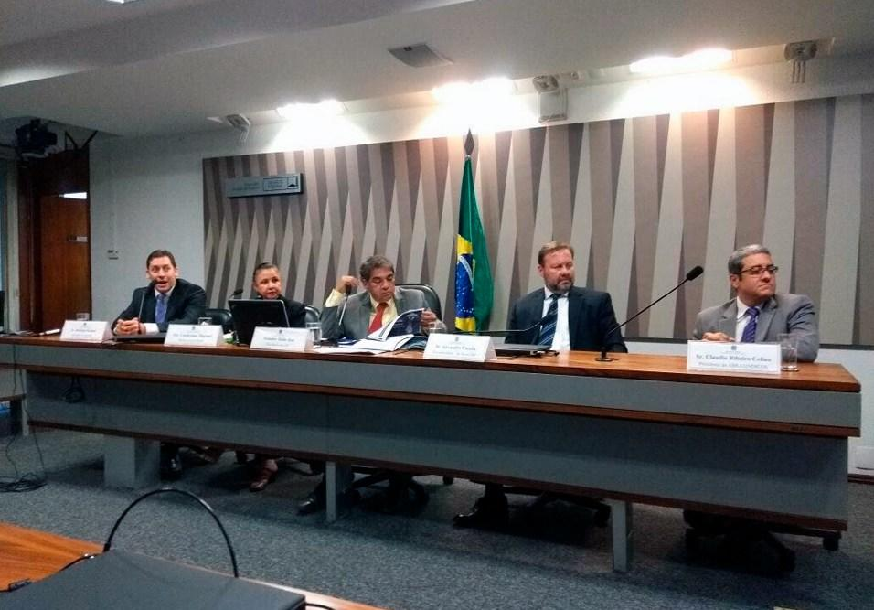 Senado discute papel do síndico e dos moradores