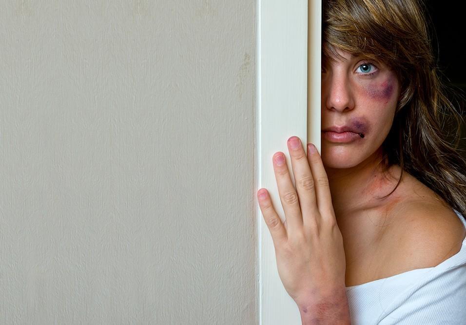 Qual o papel e postura do síndico diante de ocorrências, ou suspeitas, de violência doméstica?