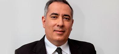Professor Rodrigo Karpat