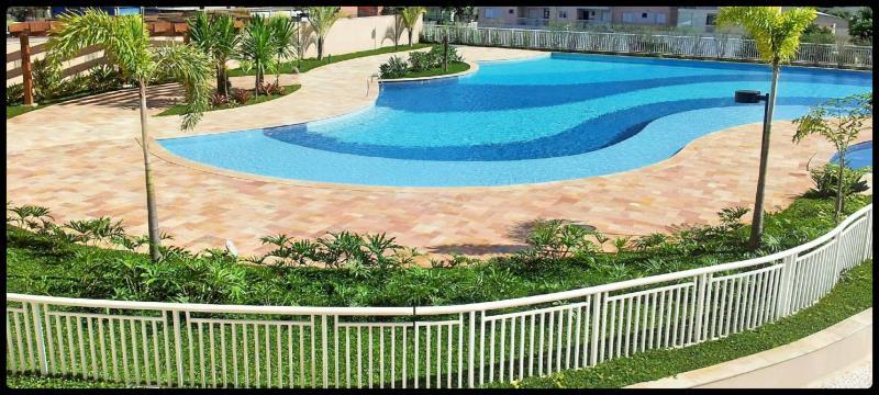 Foto - Condominio MUNDI: Piscina de 600.000 litros tratada automaticamente com nossos equipamentos para piscinas coletivas CONJ PURE WATER PW PRO há mais de 5 anos com cliente 100% satisfeito.