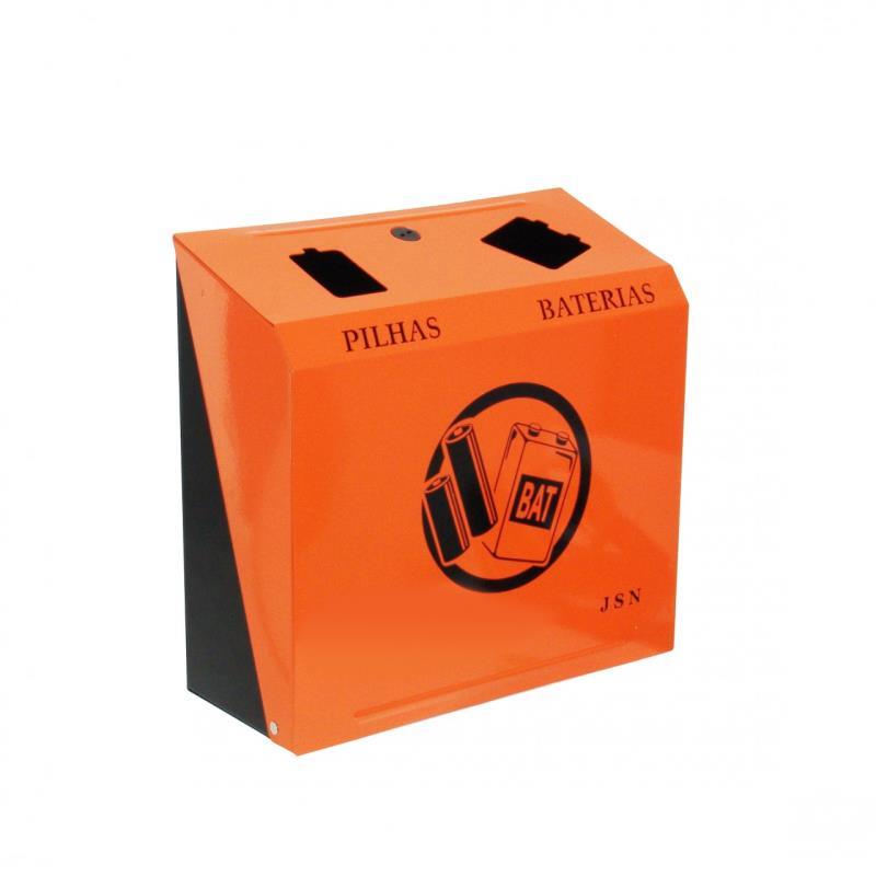 Foto - Suporte para o descarte de pilhas e baterias.