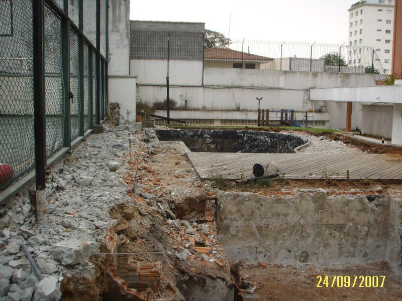Foto - New Imper Engenharia - CE-Persona-demolição