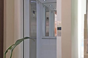 Foto - Precisando instalar um elevador de qualidade? Conheça nosso Elevador EL1200 e se surpreenda!