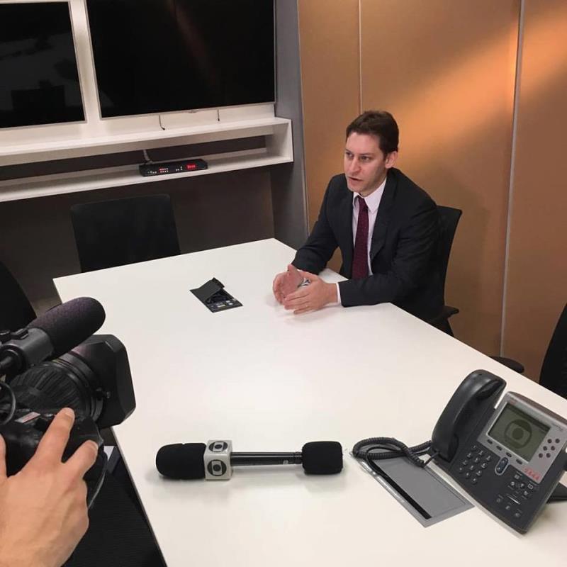 Foto - Dr. Rodrigo Karpat em entrevista ao Jornal Hoje, da TV Globo