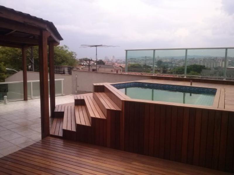 Foto - Deck envolta piscina