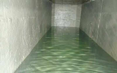 Foto - Impermeabilização e limpeza de caixas d'água.