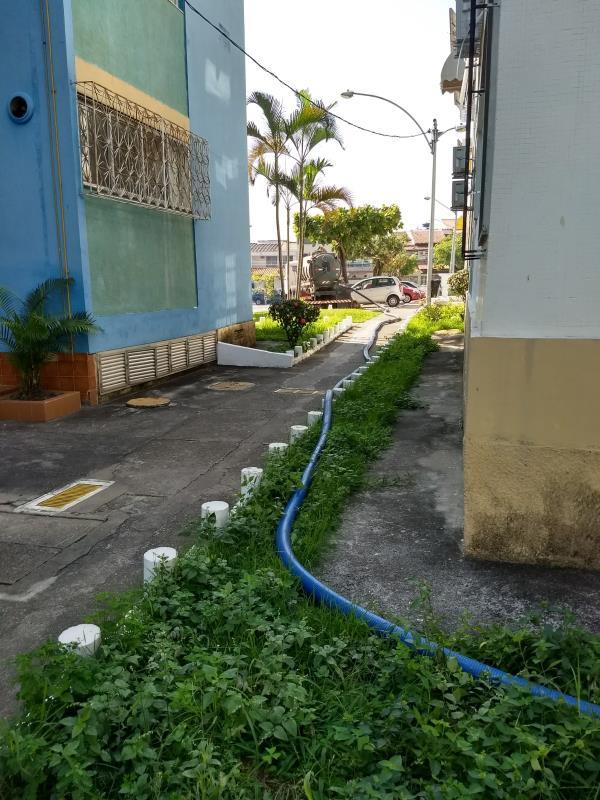 Foto - Limpeza de estação de tratamento de esgoto