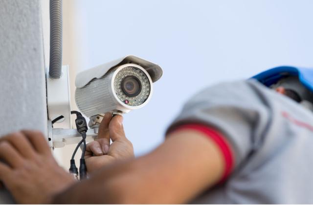 Foto - Instalação de Câmeras de segurança - CFTV