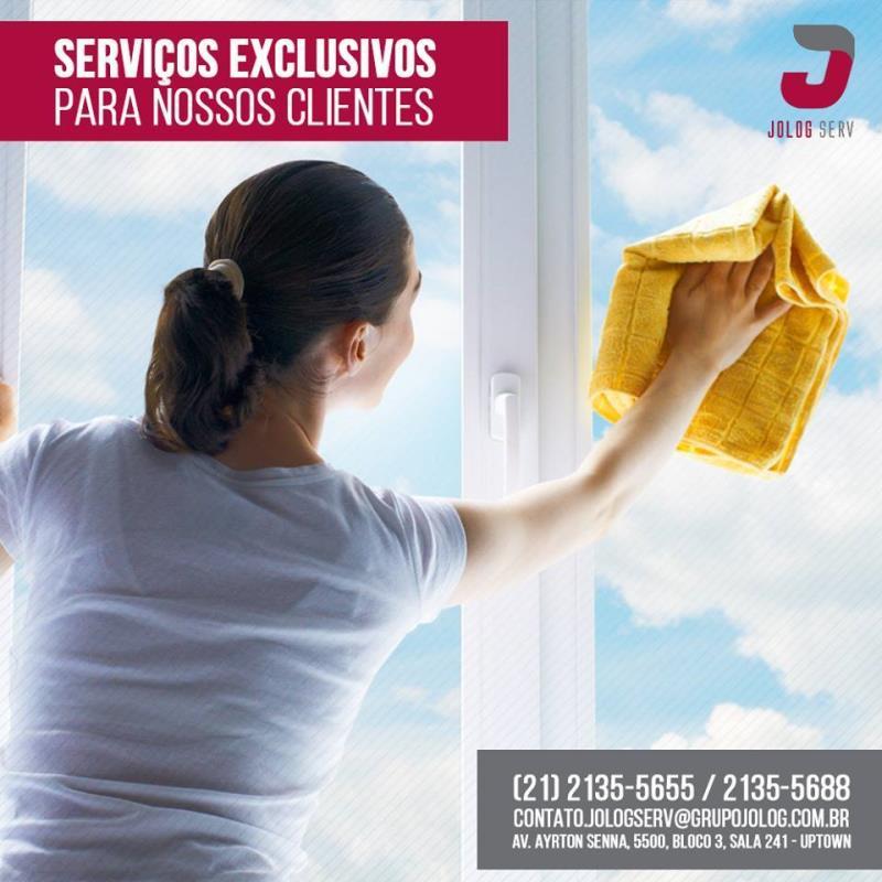 Foto - Limpeza de condomínio residenciais, comerciais e empresas.