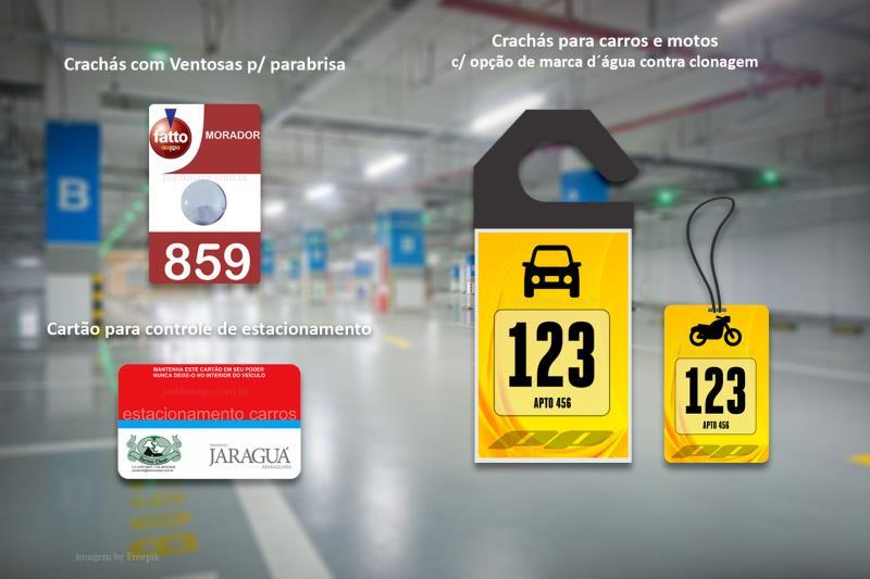 Foto - Crachás de veículos, Crachás para motos, Cartão de estacionamento. A maior linha de crachás do mercado.