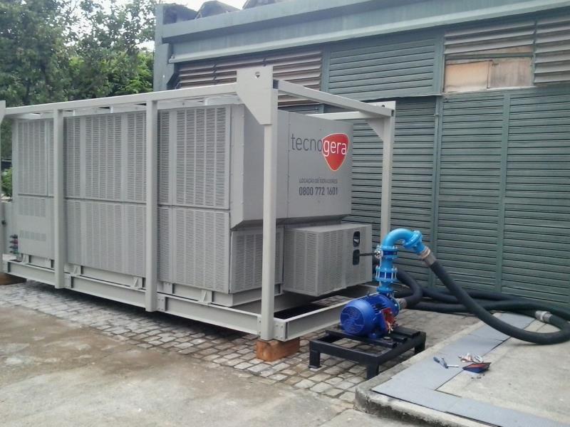 Foto - Controle de Temperatura (Chiller) - Utilizado no resfriamento de água e em sistemas de ar-condicionado