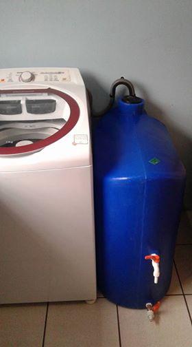 Foto - Kit Reúso de Água Tecnotri.Versão 150 litros. Instalação com máquina de lavar roupa.