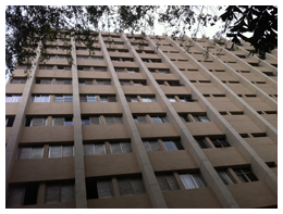 Foto - EDIFÍCIO BEETHOVEN – Rua. Dr.Haberbeck Brandão, 68 – Moema – SP – 2010/2011Recuperação de fachadas, reformas de pisos e paredes das garagens e construções de muros periféricos.
