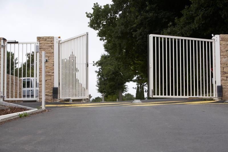 Foto - PWX Service - Portão Pivotante