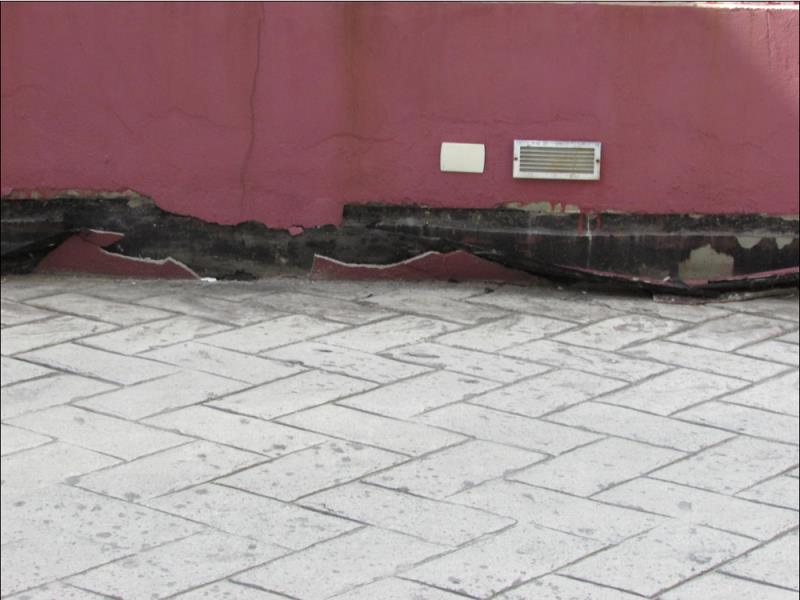 Foto - CRB Laudos - Impermeabilização rodapé