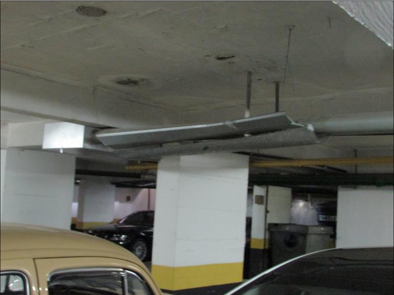 Foto - CRB Laudos - Calha de umidade garagem