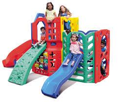 Foto - Playgrounds modulares em plástico